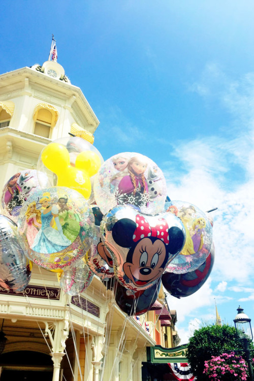 Lost balloons may be one item that would be hard to for Disney lost and found to find again.