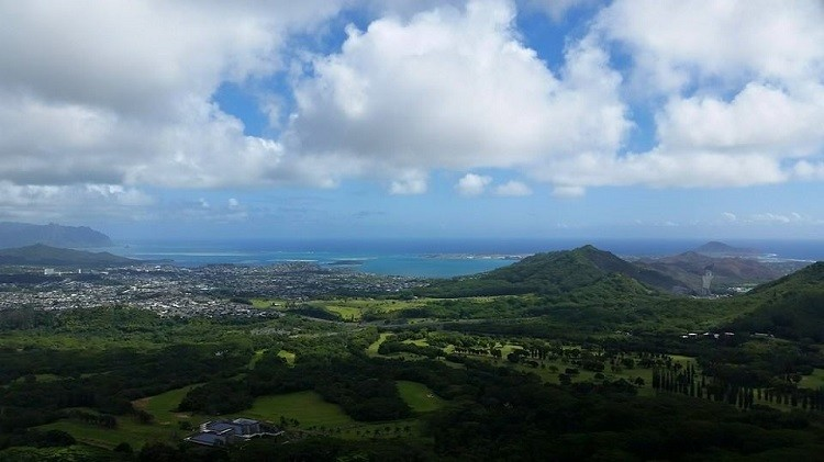 Walking to the top of Pali Lookout opens your eyes to the stunning beauty of Hawaii. Photo credit: Renee Virata / Quick Weekender TravelingMom