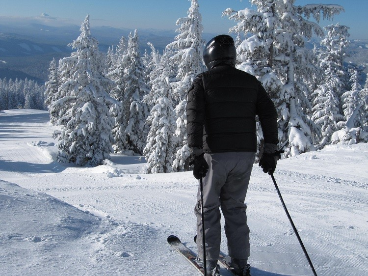 Give the gift of travel and discover the wonders of the ski slopes.