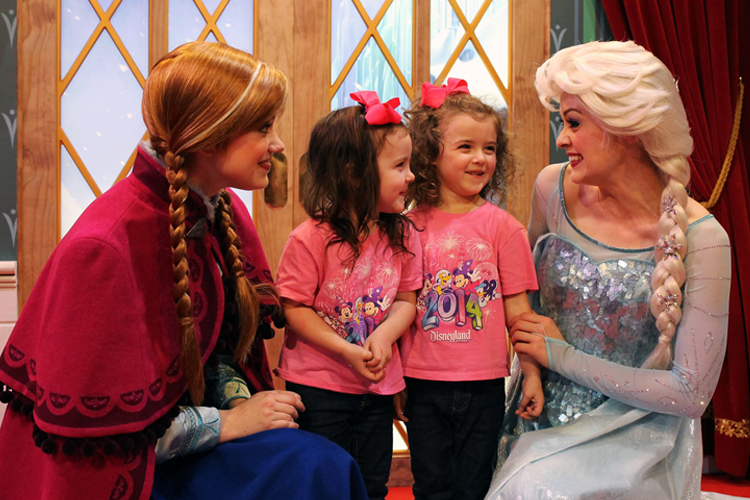 Where to find anna and elsa at disney world travelingmom anna and elsa meet and greet in epcot m4hsunfo