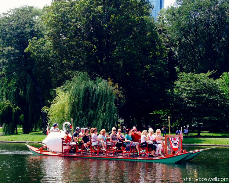 From whale watching to DUCK in the Charles River to jam session at Faneuil Hall, Boston for families means fun! Top things to do in Boston for teens/tweens