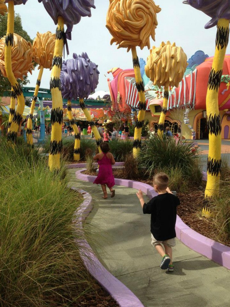 Everyone knows the Disney parks are fabulous, but the Orlando area has an array of other parks. Here's some of our favorite Central Florida theme parks.