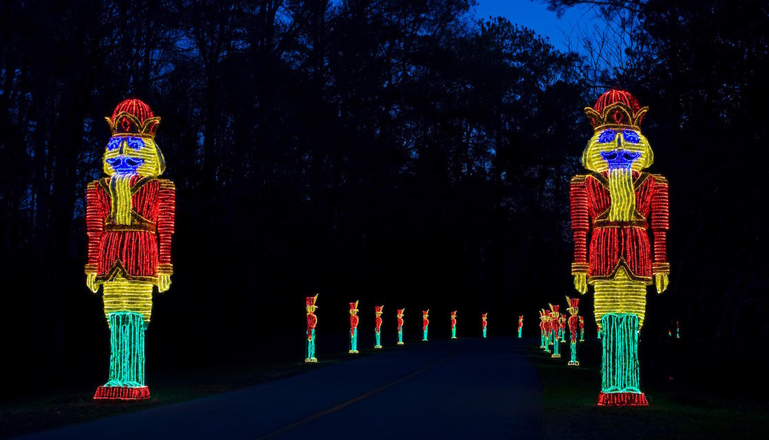 Holiday Light Displays In The Southeast Us Travelingmom