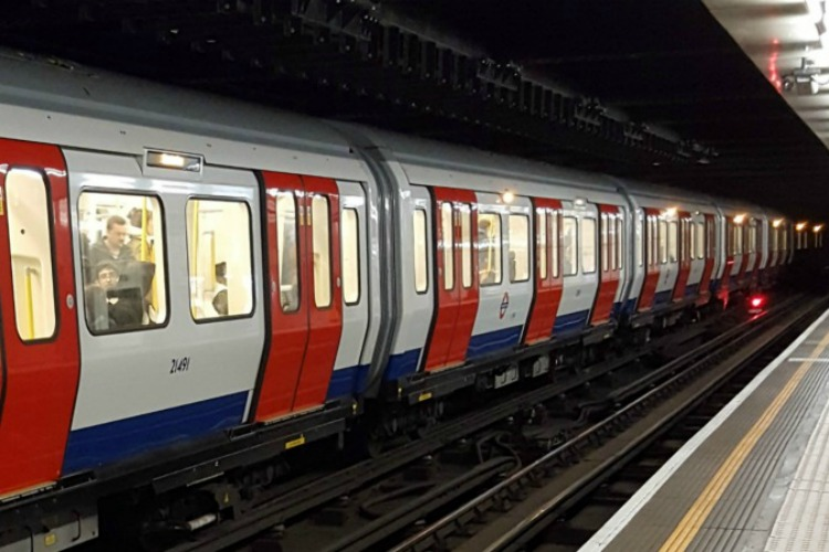 easy tips for getting around London Tube