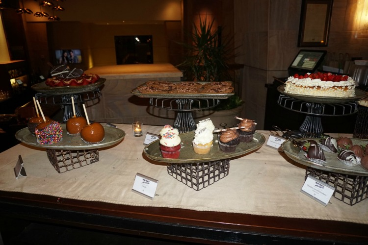 The best way to end the evening at the Westin Kierland? With dessert! Photo by Multidimensional TravelingMom, Kristi Mehes.