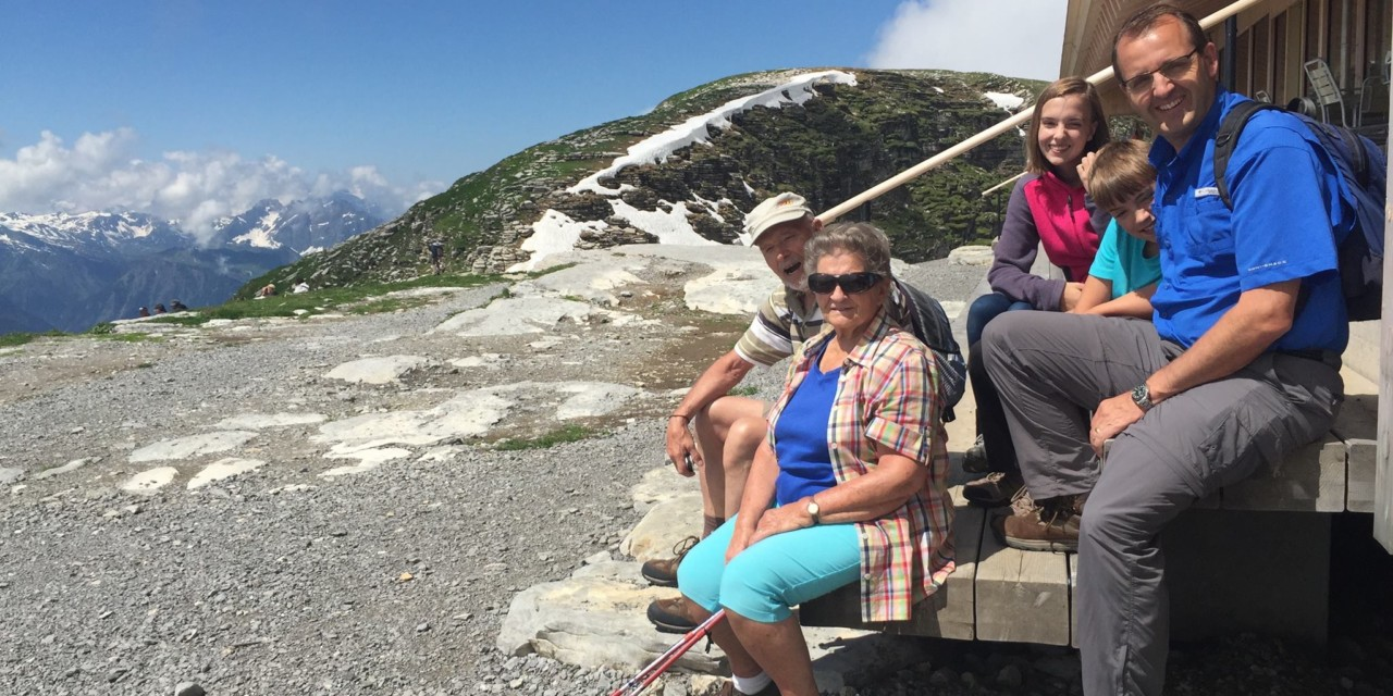Tips For Travel With Grandparents