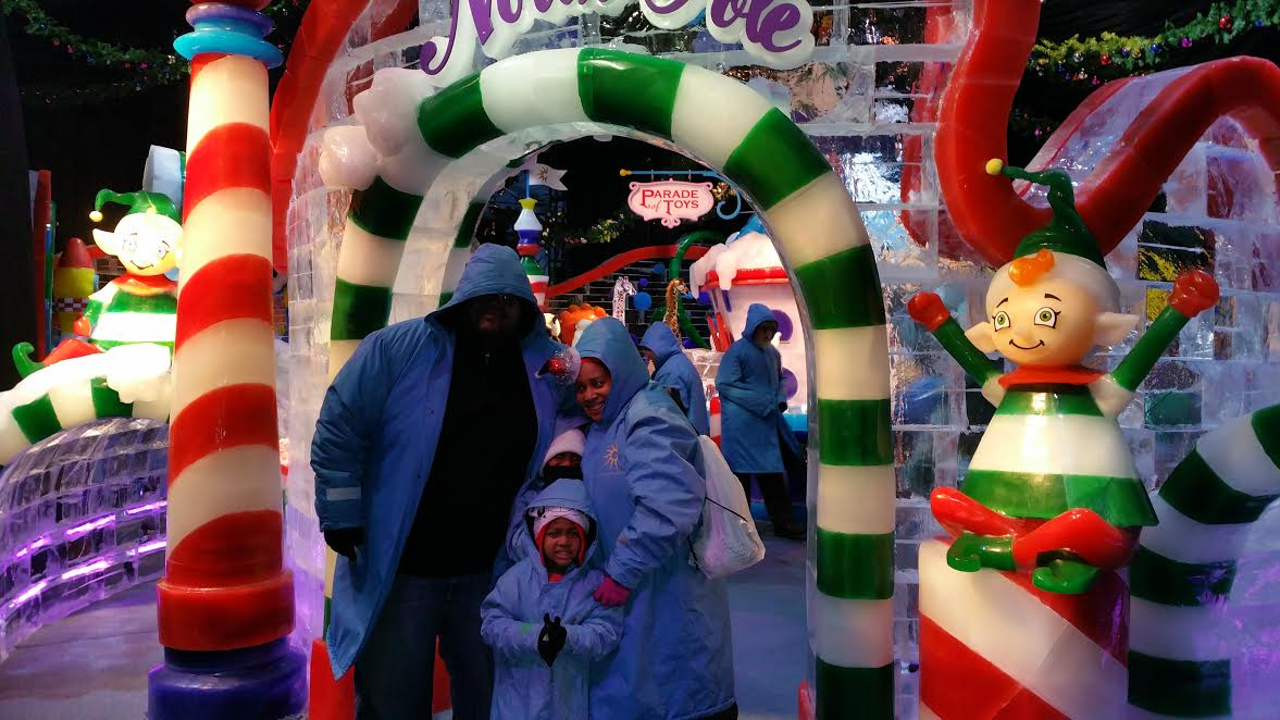Why your family should visit ICE! at the Gaylord National to celebrate holiday traditions from TravelingMom.com