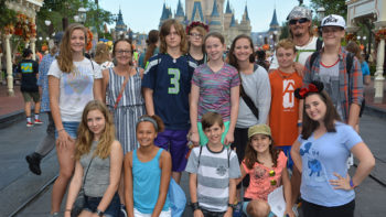 How to plan an affordable group trip to Disney