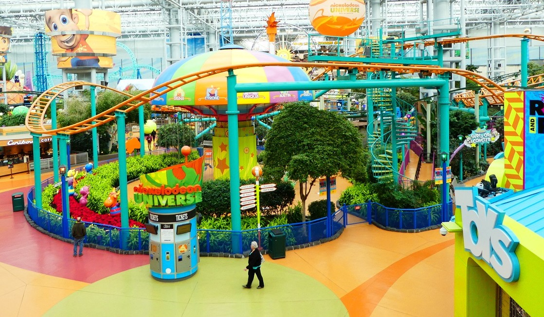 Searching for Minneapolis things to do? Check out Nickelodeon Universe at Mall of America and all the other things on our list.