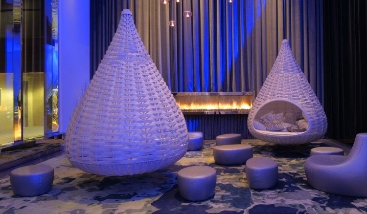 The main attraction of the Radisson Blu Mall of America is convenience. But what wins you over is the cool decor, the comfy rooms, and the friendly service.