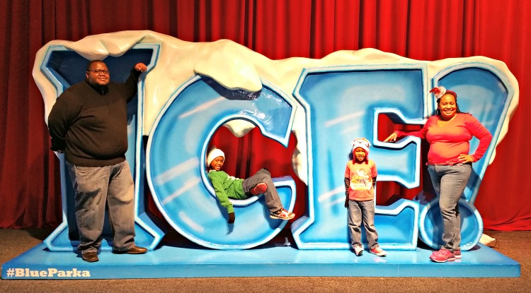 ICE! at the Gaylord offers tons of great family photo opportunities!