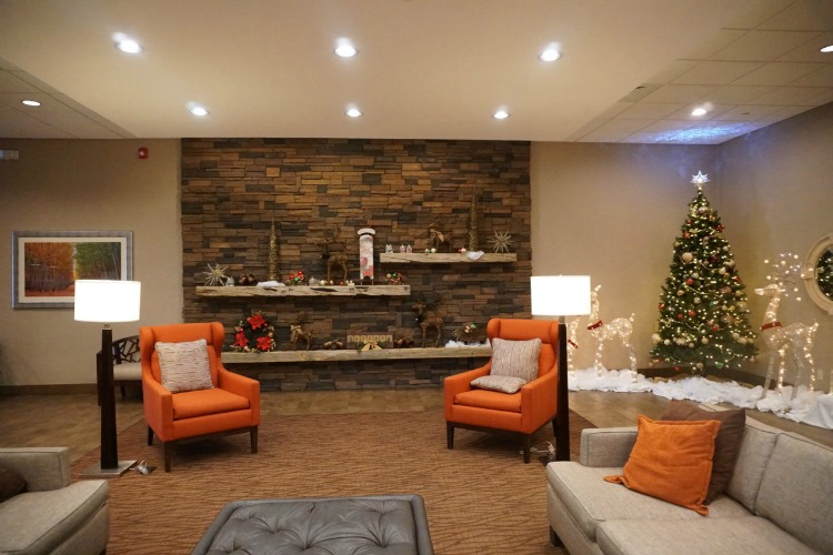 The lobby is very inviting to families. Photo by Multidimensional TravelingMom, Kristi Mehes.