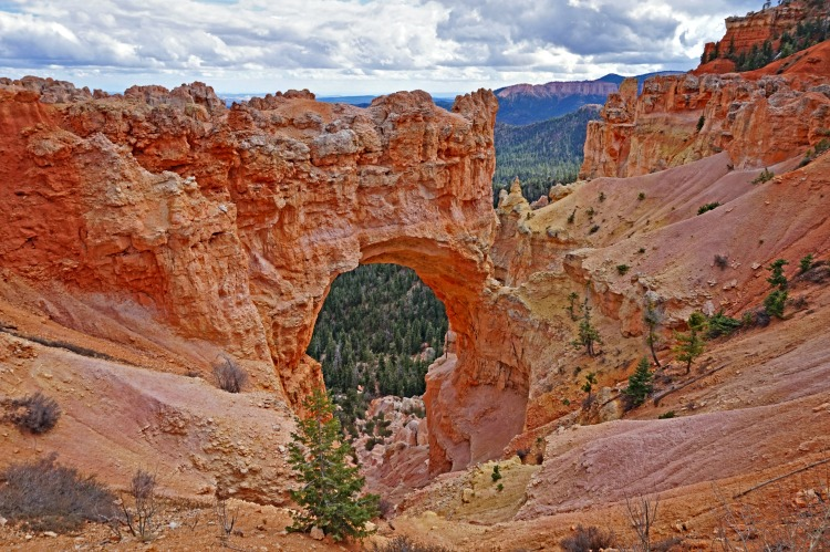 Planning a trip to Bryce Canyon. Window Arch.