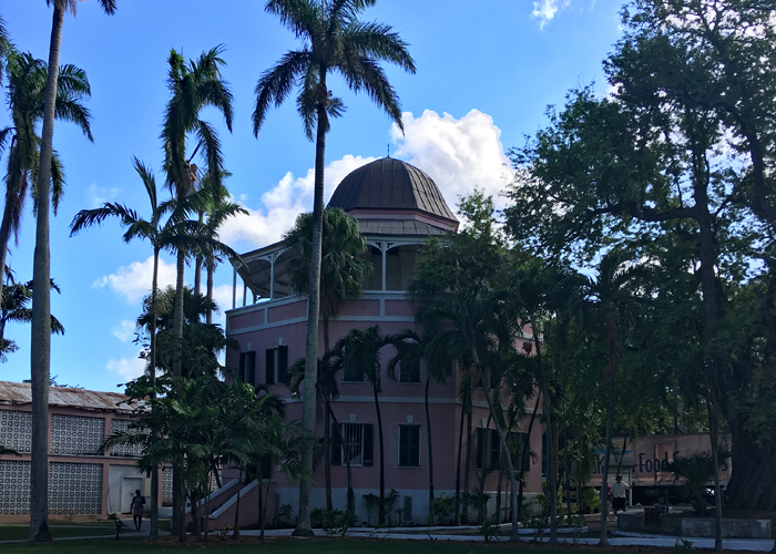 Find out the history of the octagonal Nassau Public Library. | sponsored | Bahamas | Paradise Island | Cruise Excursions |