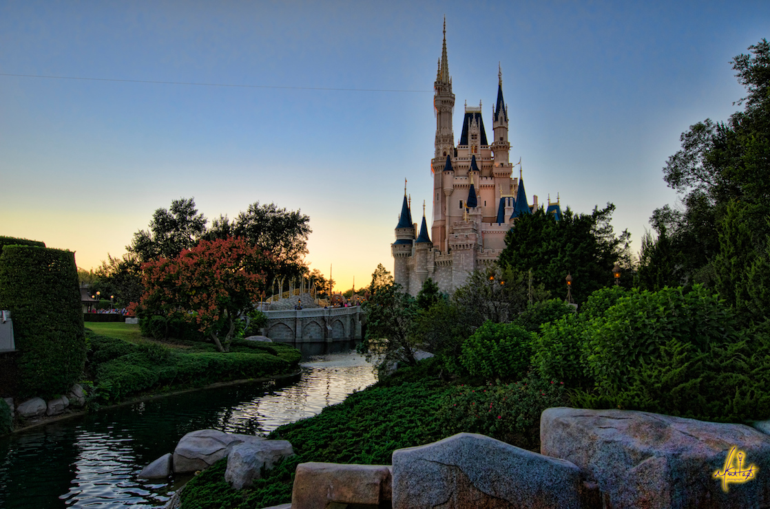 Planning a Disney trip and don't know where to start? Follow these 7 tips on how to book a Disney World vacation and you'll be on your way to magic!