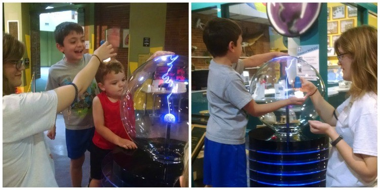 Learning how our bodies can power a light bulb at the Discovery Center in Springfield, MO