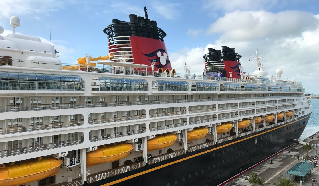 How To ConnectSea Disney Cruise Line Internet TravelingMom - Do cruise ships have cell service