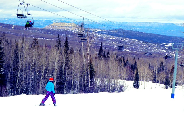 Powderhorn ski resort in Colorado is smaller, with short lift lines and uncrowded slopes ideal for families and beginning skiers.