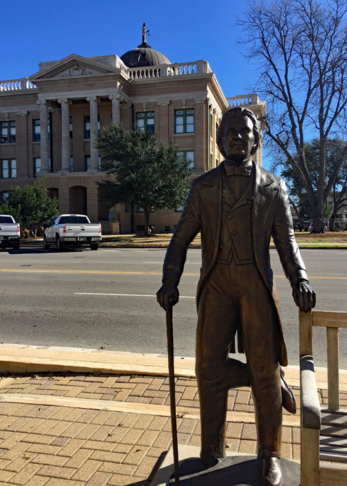 Visit the historic Courthouse Square in Georgetown, Texan and learn the tale of Three-Legged Willie. | Things to do in Georgetown, Texas |