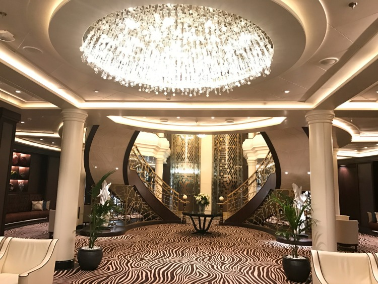 Regent Seven Seas decor