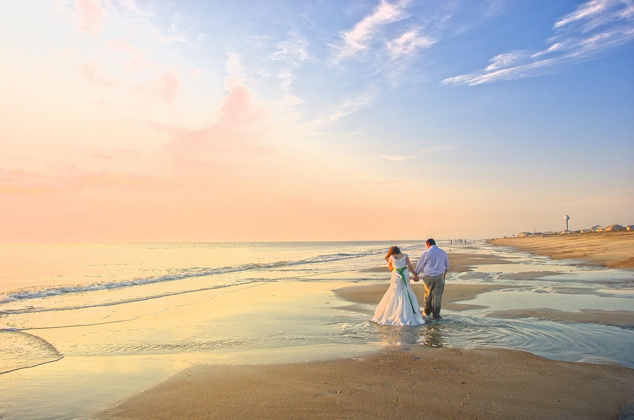 Destination weddings can be a dream come true, merging wedding and travel. We're sharing our 5 insider tips on how to plan the dream destination wedding.