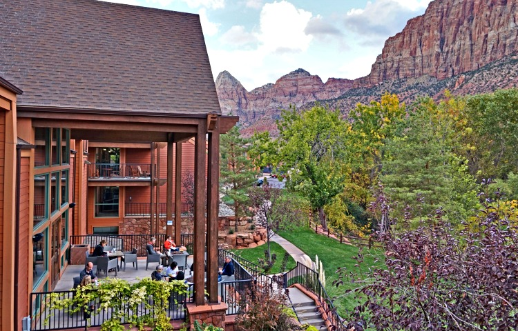 Where to stay near Zion National Park. Outdoor areas at Holiday Inn Express Springdale.