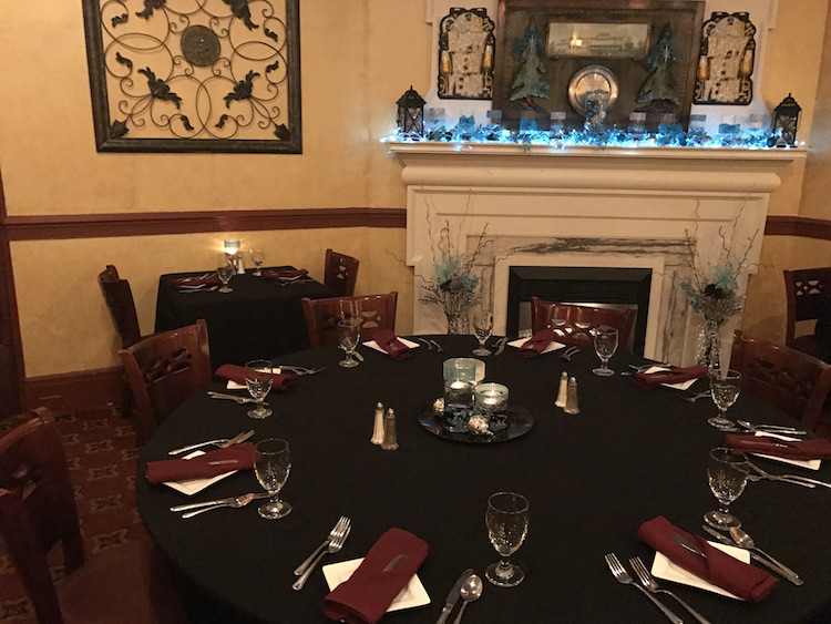 Foodie Traveling Mom, Linda Arceo, shares her experiences in this hotel review and family time fun experiences at The Inn at Pocono Manor.