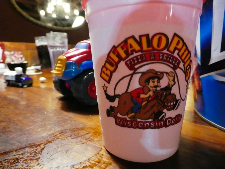 Need a Wisconsin Dells restaurant offering family friendly fun and dining? Buffalo Phil's is great for entertaining kids and serving delicious food.