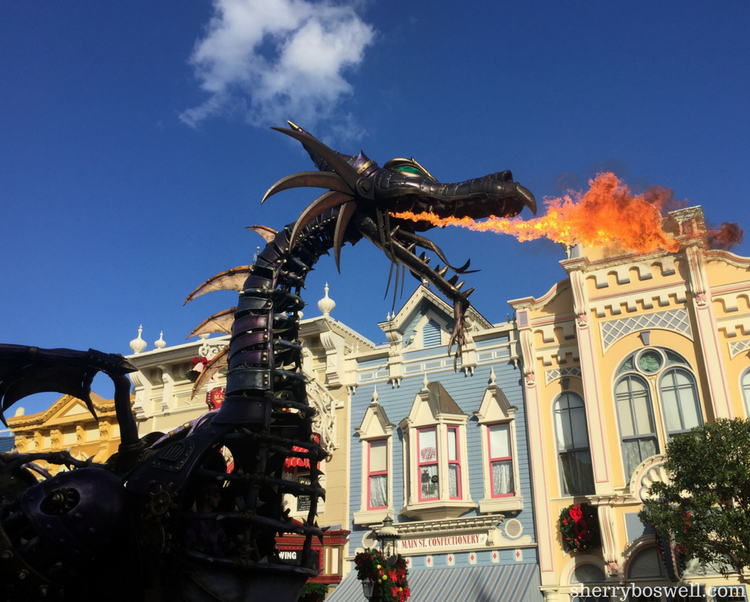 Magic Kingdom in One Day doesn't mean you need to miss Maleficent, the fire breathing dragon.
