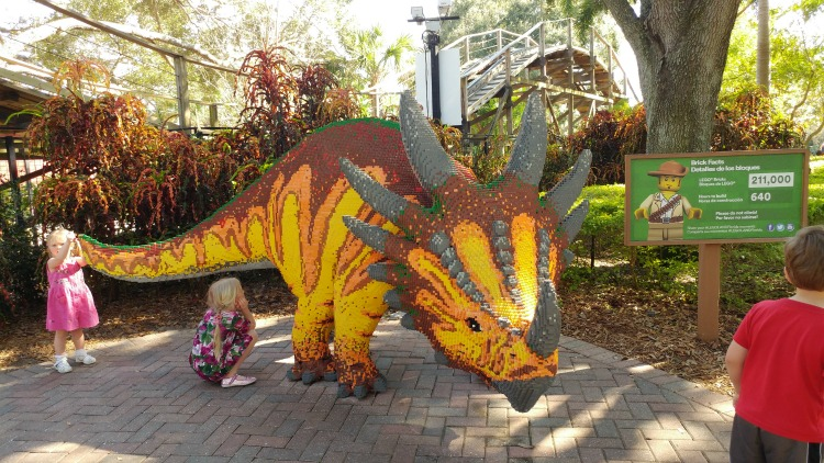 This dinosaur at the LEGOLAND Florida Resort took 640 hours to build with over 211,000 LEGO bricks!