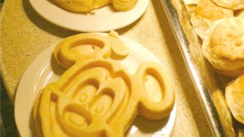 Mickey Waffles at the Sunshine breakfast Wyndham Lake Buena Vista. Photo by Dia Adams, Travel Hack Traveling Mom
