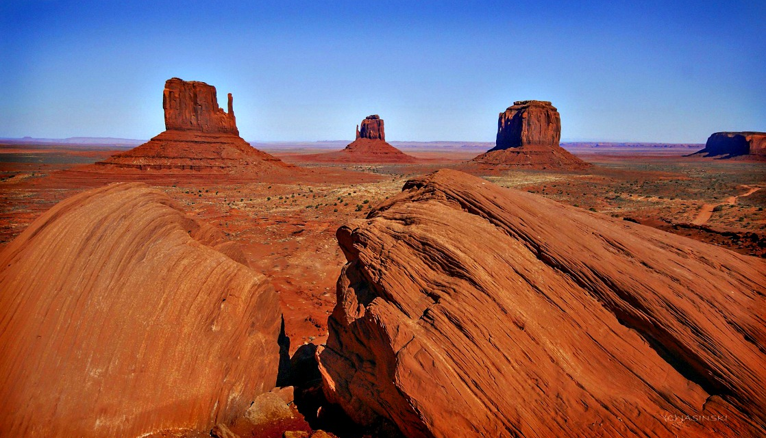Monument Valley Navajo Tribal Park – How to Visit