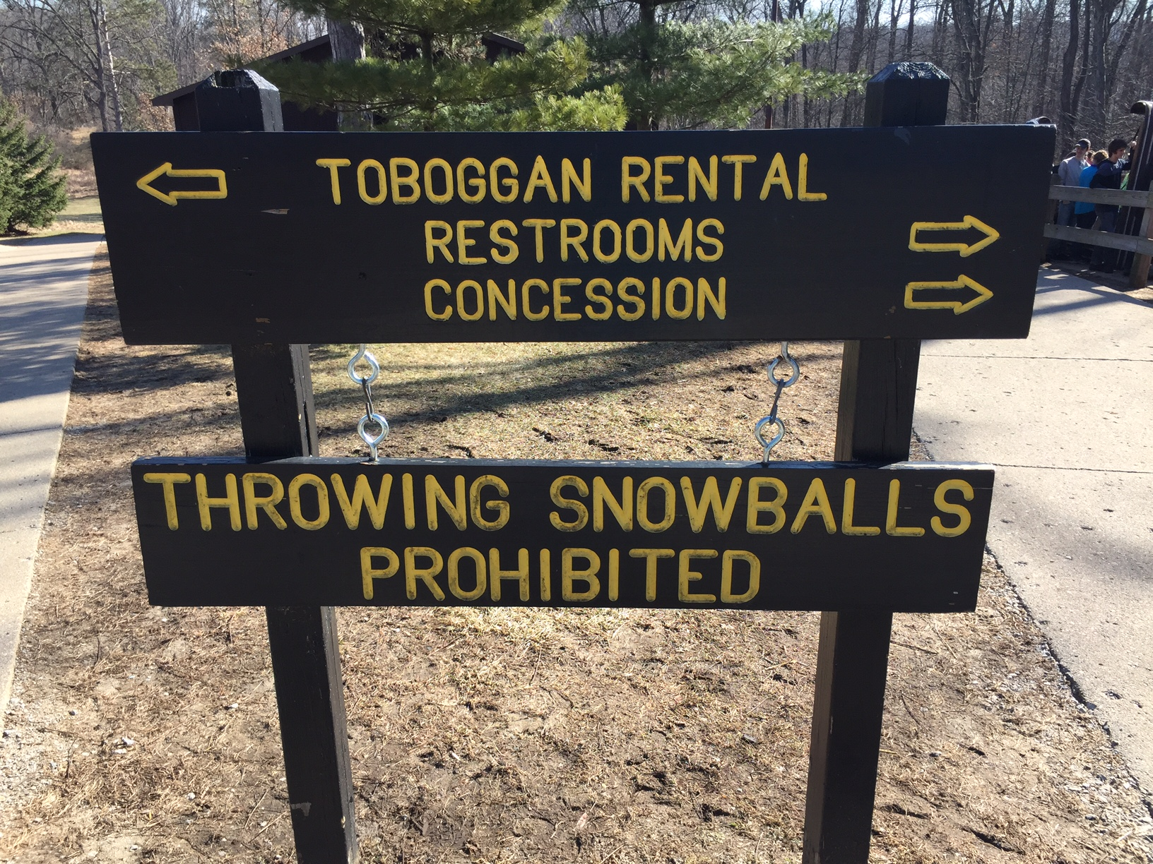 Toboggan Run - no snowballs!