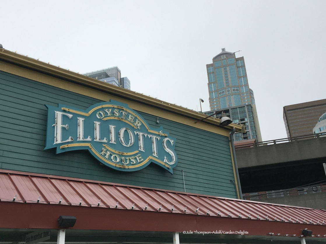 Family- Friendly Seattle Restaurants Elliott's Oyster House