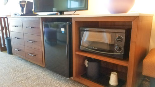 All rooms at the Hilton Garden Inn Kauai feature a microwave and mini-fridge | photo credit: Kimberly Tate / Active TravelingMom