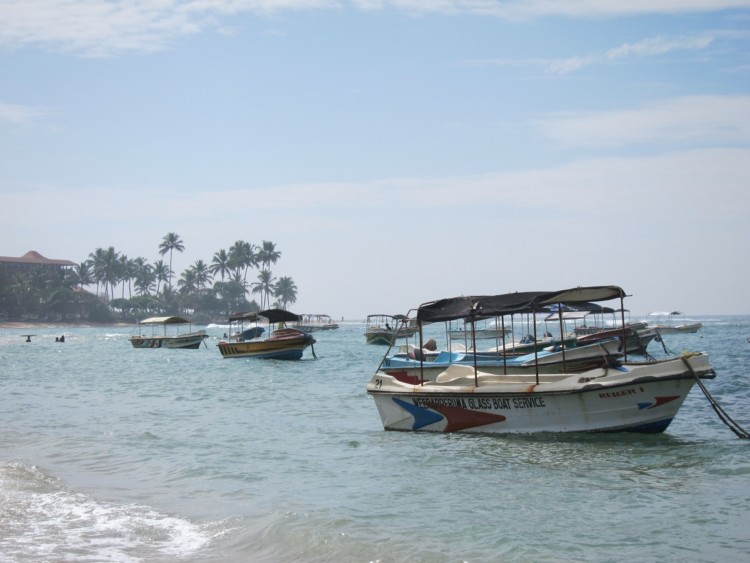 When visiting Colombo Sri Lanka with kids, spend time in and on the water.