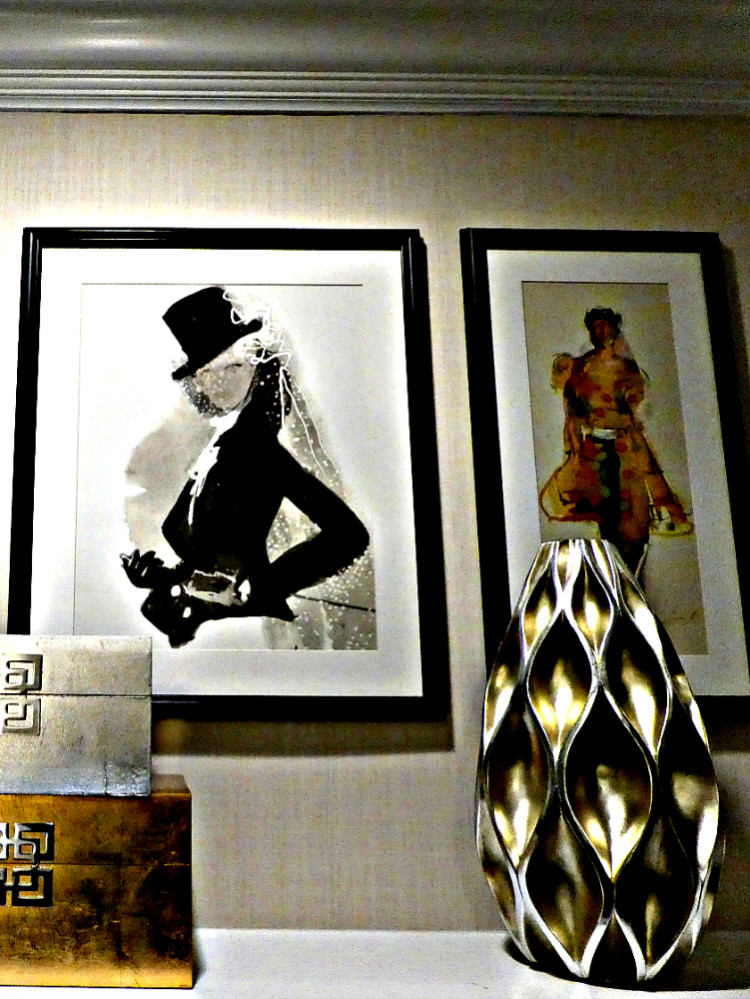 Art at the Mayflower Hotel Washington D.C. reservation made using booking site Bonwi