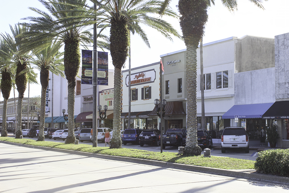 The Riverfront shops in Daytona Beach and fun for kids and parents.