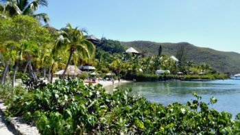 are there good resorts for families in the caribbean islands?