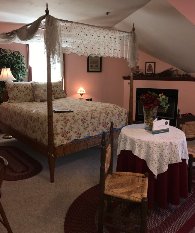 A romantic Gettysburg bed and breakfast is perfect for a couple's weekend.