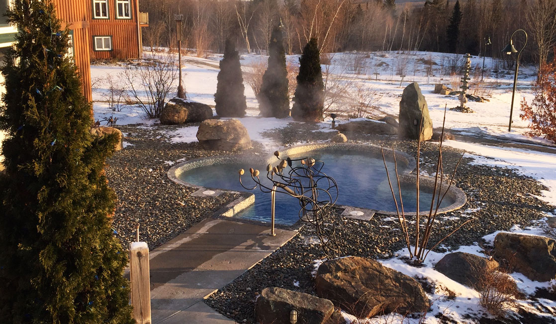 outdoor hot tub at Spa Eastman for relaxing during a weekend wellness getaway