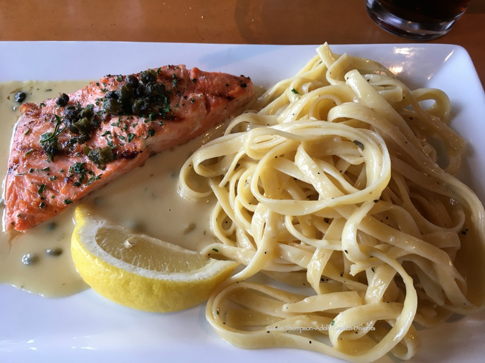 Family-Friendly Seattle Restaurants Salmon