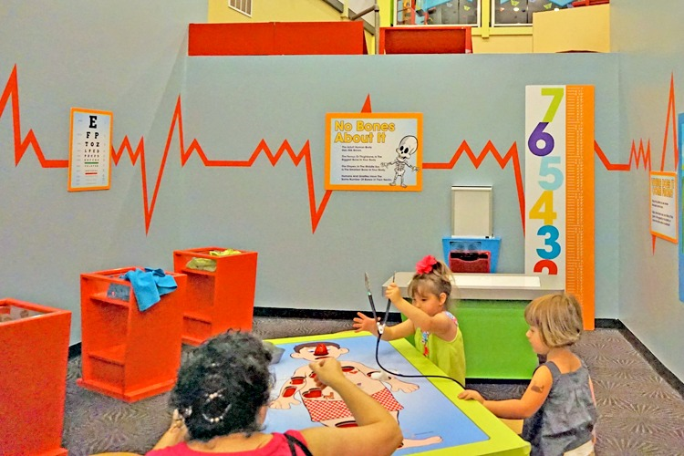 Kids learn what it is like to be a doctor at Great Exploration Museum, St. Petersburg Florida