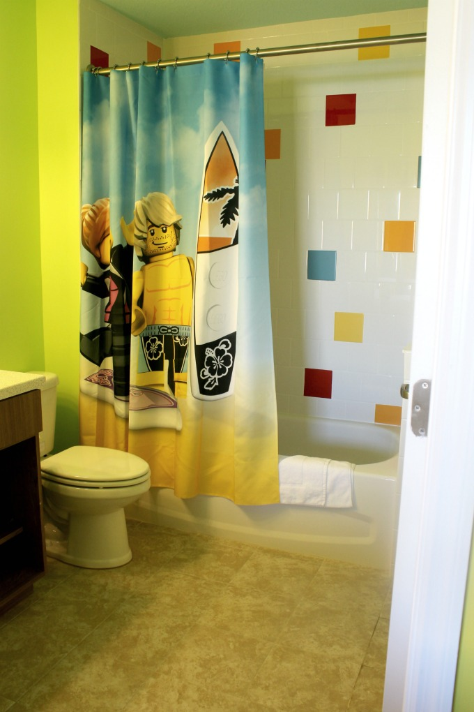 The bathrooms at the LEGOLAND Beach Retreat featured LEGO inspired shower curtains