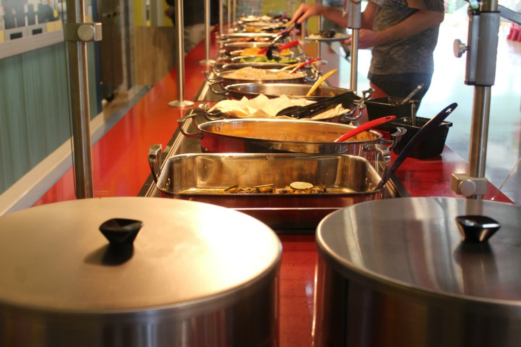 The breakfast buffet is included and you can also get lunch and dinner on site at the LEGOLAND Beach Retreat