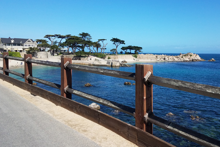 What are the best things to do with two days in Monterey California? Here's the ideal Monterey California itinerary from lodging, dining and adventure!