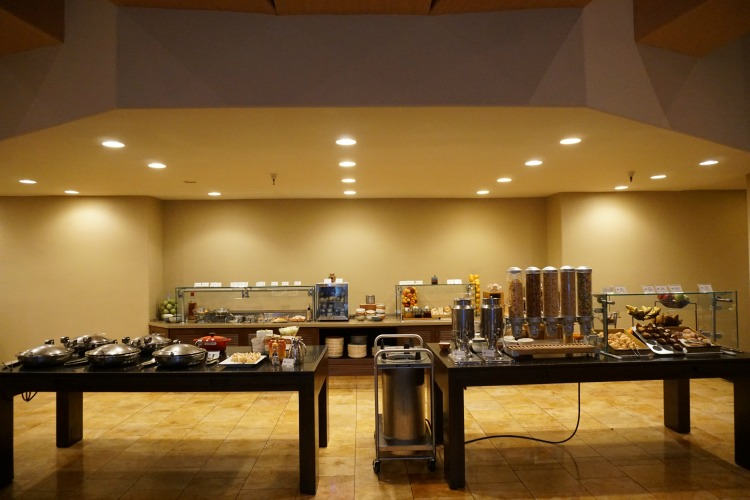 The breakfast buffet at the Hilton El Conquistador is delicious and family friendly.