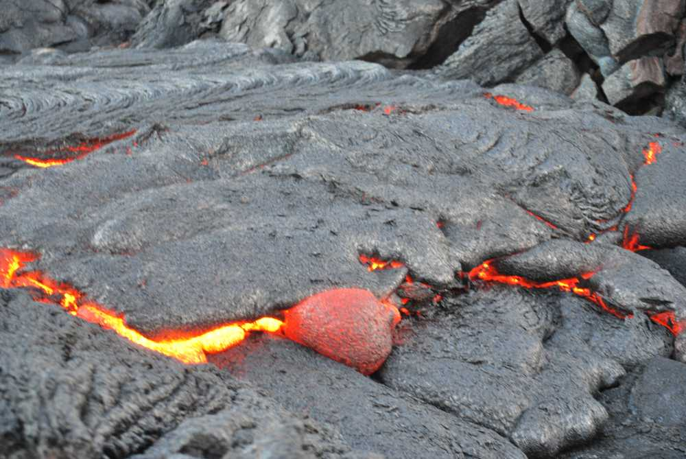 See active lava flows on unique adventure tours in Hawaii Volcanoes National Park