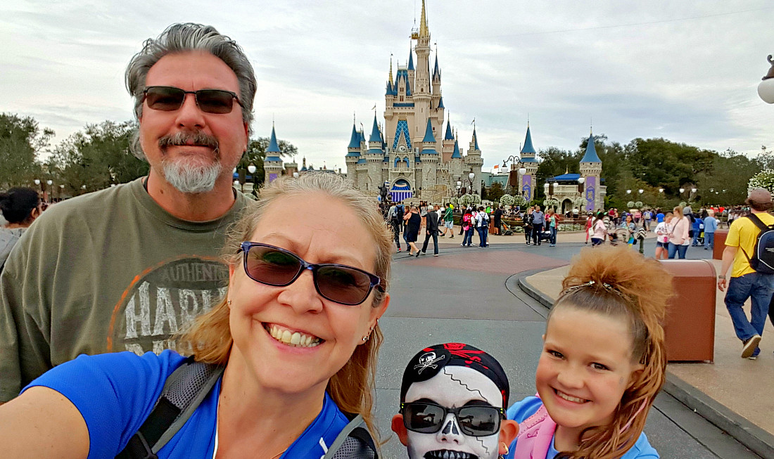 6 Tips on How to Plan Your Multigenerational Family Vacation at Disney World