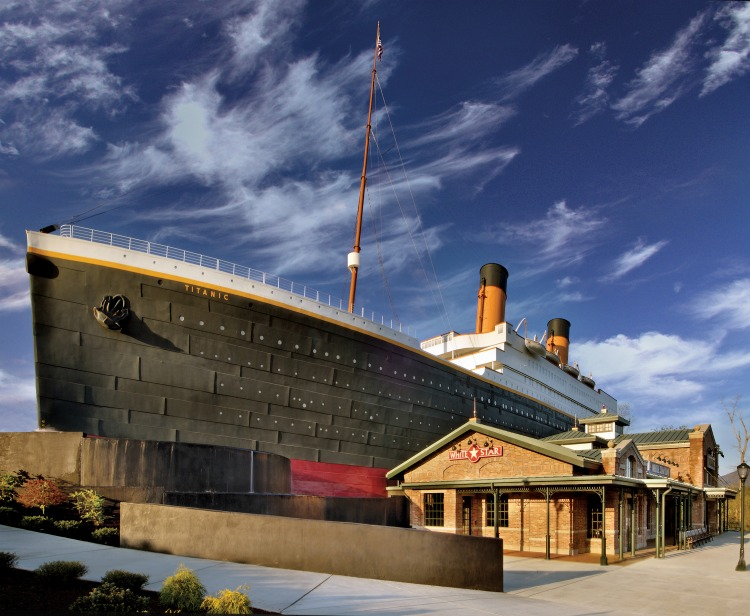 The exterior of the Titanic Museum Attraction in Pigeon Forge, TN is a building in the form of the Titanic ship.